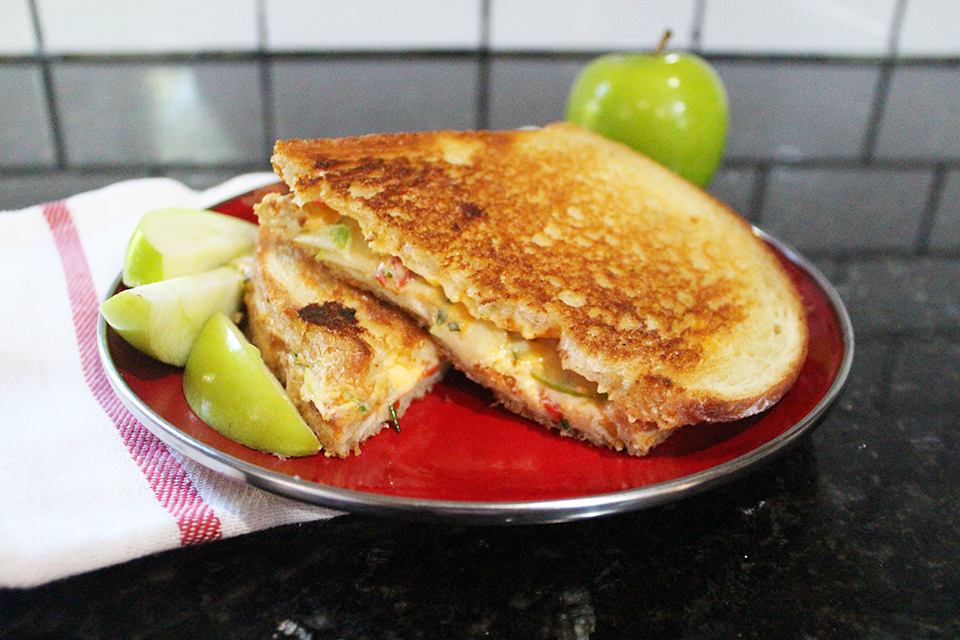 Grilled Cheese Sandwich With Green Tomato And Jalapeno Jam ...
